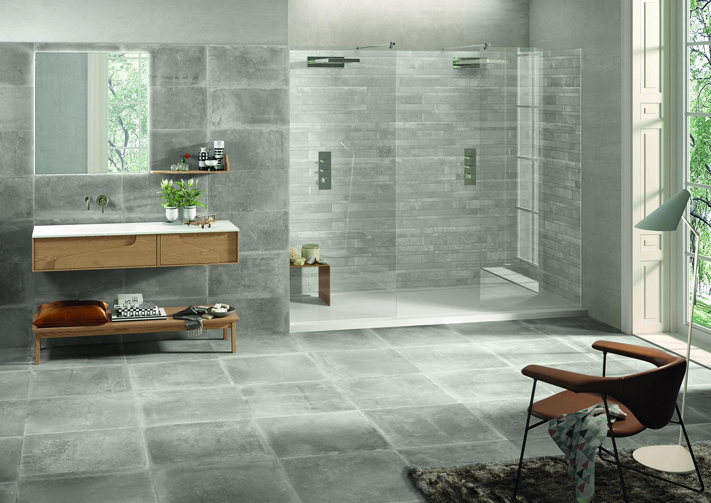 Fliesen für das Bad des italienischen Herstellers Provenza. Serie Dust. Farbe Grau. Zement-/ Betonoptik.