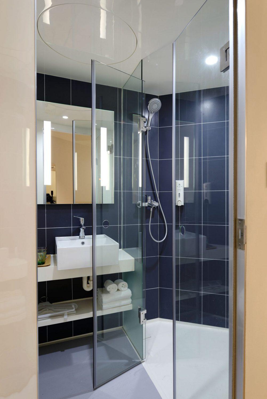pexels-photo-Bad Fliesen für Bäder mit Dachschräge - Fliesen von ...