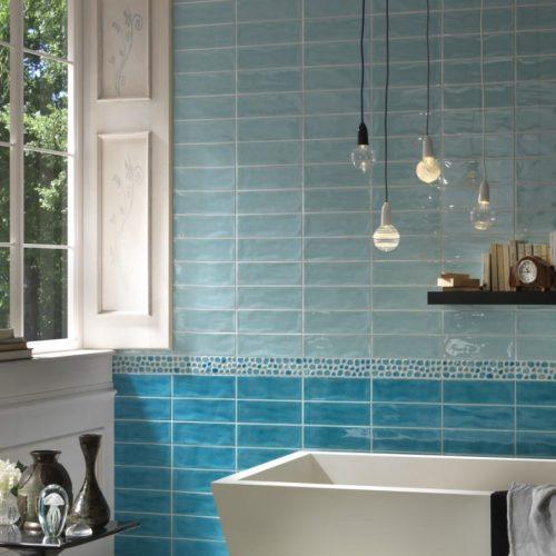 Bad in klassischen Keramikfließen - 2