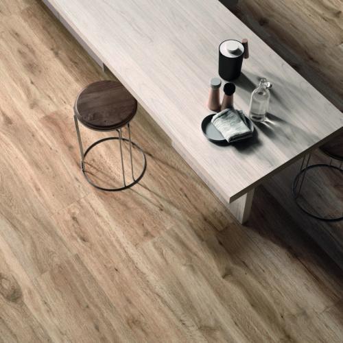 Fließen Hartlmaier Fließen in Holzoptik für die Küche 3