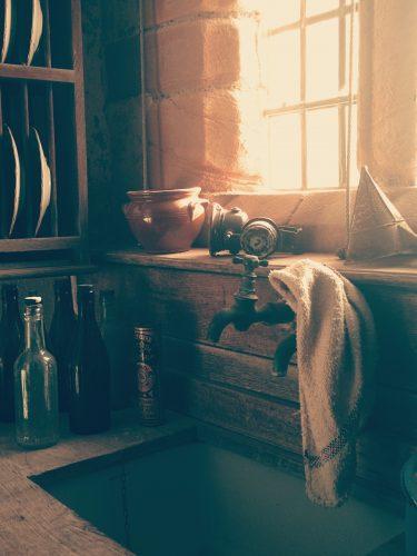 Fliesen und Feinsteinzeug für die Küche Licht, Farben und Kontraste.